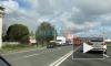 Видео: на Митрофаньевском шоссе полыхает склад с текстильной продукцией