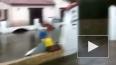 Жителей юга Франции эвакуируют из-за угрозы наводнения