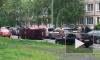 Петербурженка в красном Suzuki устроила страшное ДТП на Ветеранов, перевернув машину с ребенком в салоне