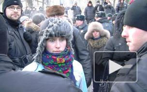Юристы советуют петербуржцам держаться подальше от митингующих