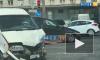 На перекрестке Славы и Белградской столкнулись легковой автомобиль и микроавтобус