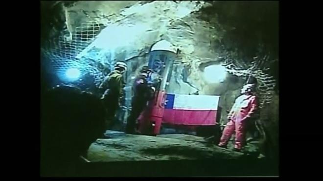 В Чили горняк, освобождённый из шахты, вернулся на работу