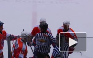 Хоккеист ударил судью