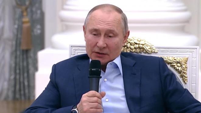 Путин заявил, что власти продолжат поддержку волонтерских проектов школьников