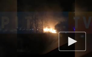 В Девяткино загорелся частный дом
