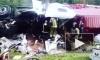 В Тихвине фура врезалась в столб перед памятником самолету