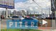 Видео: из-за сломанного светофора на проспекте Славы ...
