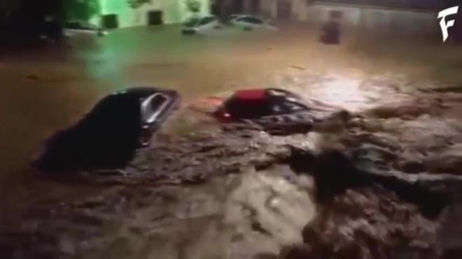 Страшное кадры с Майорки: Из-за наводнения погибло 5 человек, еще 5 пропали