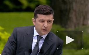 """Зеленский заявил, что """"всем отличается от Порошенко"""""""