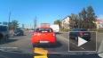 Появилось видео, как неадекватная за рулем активно ...