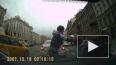 Двое мужчин подрались на проезжей части Невского проспек...