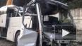 Под Новороссийском столкнулись и улетели в обрыв автобус...