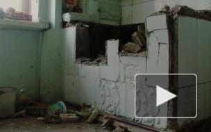 Особняк Челищева погибает: спустя месяц он все еще доступен бездомным и мародерам