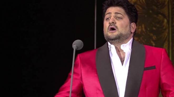 Муж Нетребко опроверг слухи об отказе выступать с армянской певицей
