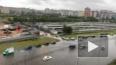 """Машины глохнут в """"океане"""": Петербург снова затопило ..."""
