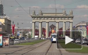 """Петербургские школьники провели акцию """"Трамвай победы"""""""