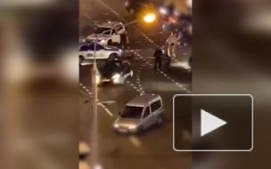 В Белоруссии автомобилист сбил бойца ОМОН