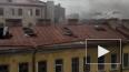 На Обводном канале загорелся нежилой трехэтажный дом
