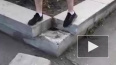 В Челябинской области бетонная плита от памятника ...