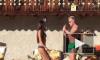 Новое видео танцующего миллионера и его сексуальная девушка