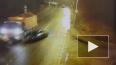 Видео: в Колпино ВАЗ влетел в фонарный столб