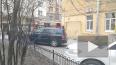 В одной из квартир на Моисеенко, 4, прорвало батарею. ...