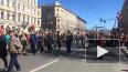 """Появилось видео с шествия """"Бессмертного полка"""" в Петербу..."""