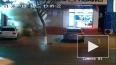 Видео: китайский мальчик во время запуска фейерверка ...
