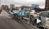 Арендованная машина снесла заграждение на Ленинградской улице
