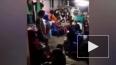 Опасное видео из Малайзии: под детьми рухнул пол