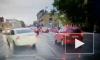 Видео: виновник ДТП врезался в легковушку и скрылся с места аварии на Лифляндской