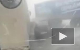 Видео: В массовом ДТП из 15 машин в Алтайском крае погибли 2 человека