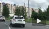 """Голубь прокатился с ветерком по улицам Сургута на белом """"Инфинити"""""""