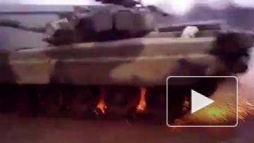 Гонки на Т-80 с полицейским разворотом попали на видео