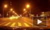 Появилось видео, как уличные гонщики перевернули такси возле автовокзала в Белгороде