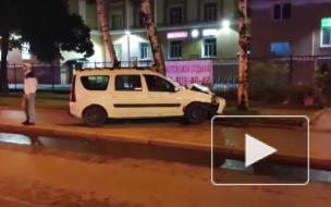 """Uber отправил """"Ладу"""" в березу на проспекте Энгельса"""