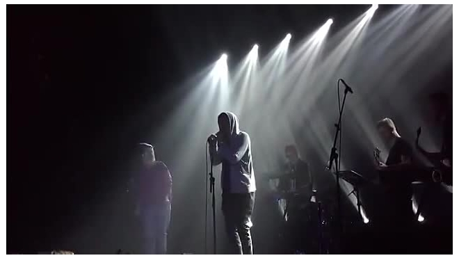 Концерт Ассаи назвали самым грустным и проникновенным в Питере