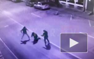 Избиение мужчины на Гороховой улице попало на видеокамеры