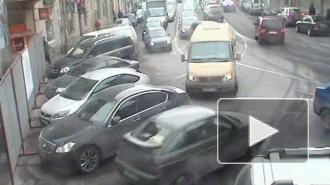 Попал под Опель. ДТП на улице Куйбышева