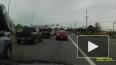 В США одномоторный самолёт взорвался на глазах у водител...