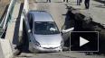Видео: В Приморье обрушился мост под легковым автомобиле...