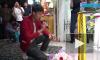 Во Вьетнаме жених устроил на похоронах невесты свадьбу