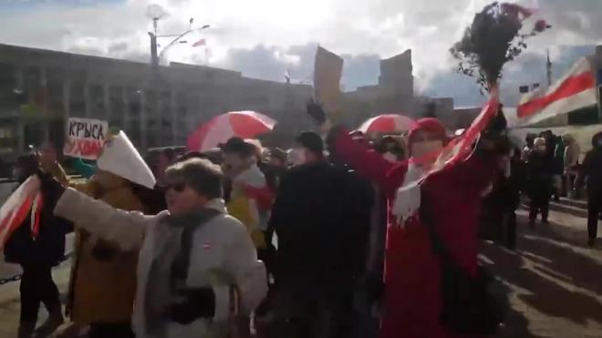 Оппозиционные пенсионеры ушли с площади в центре Минска, где идет акция сторонников власти