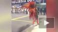 Конфуз из Бразилии: На карнавале одна из танцовщиц ...