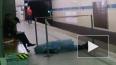 """В Петербурге мужчина умер на станции метро """"Политехничес..."""