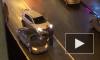 На Льва Толстого сильно буянил водитель, попавший в ДТП (видео)