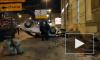На Новочеркасской автомобиль врезался в ступени магазина, а после перевернулся
