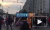 """Видео: у метро """"Приморская"""" проходит пикет в поддержку создания парка в устье реки """"Смоленки"""""""
