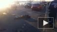 Мотоциклиста раздавило под колесами авто на Октябрьской ...