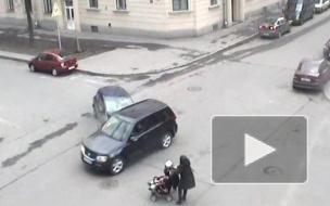 На Васильевском мать едва не убила двух своих детей